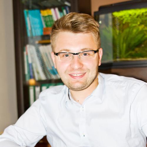 Dr Mateusz Gortat